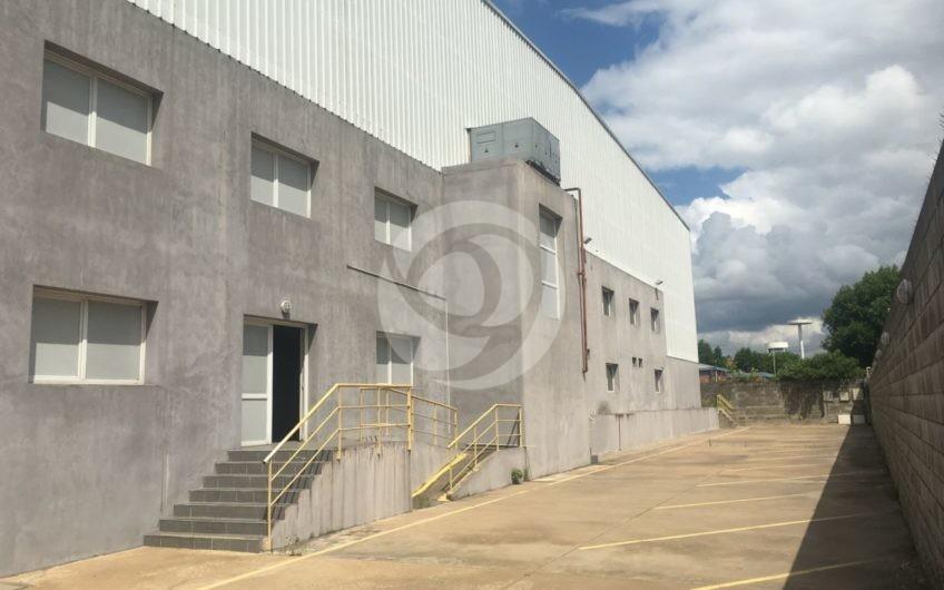 Excelente Depósito AAA en Alquiler en el Parque Industrial OKS