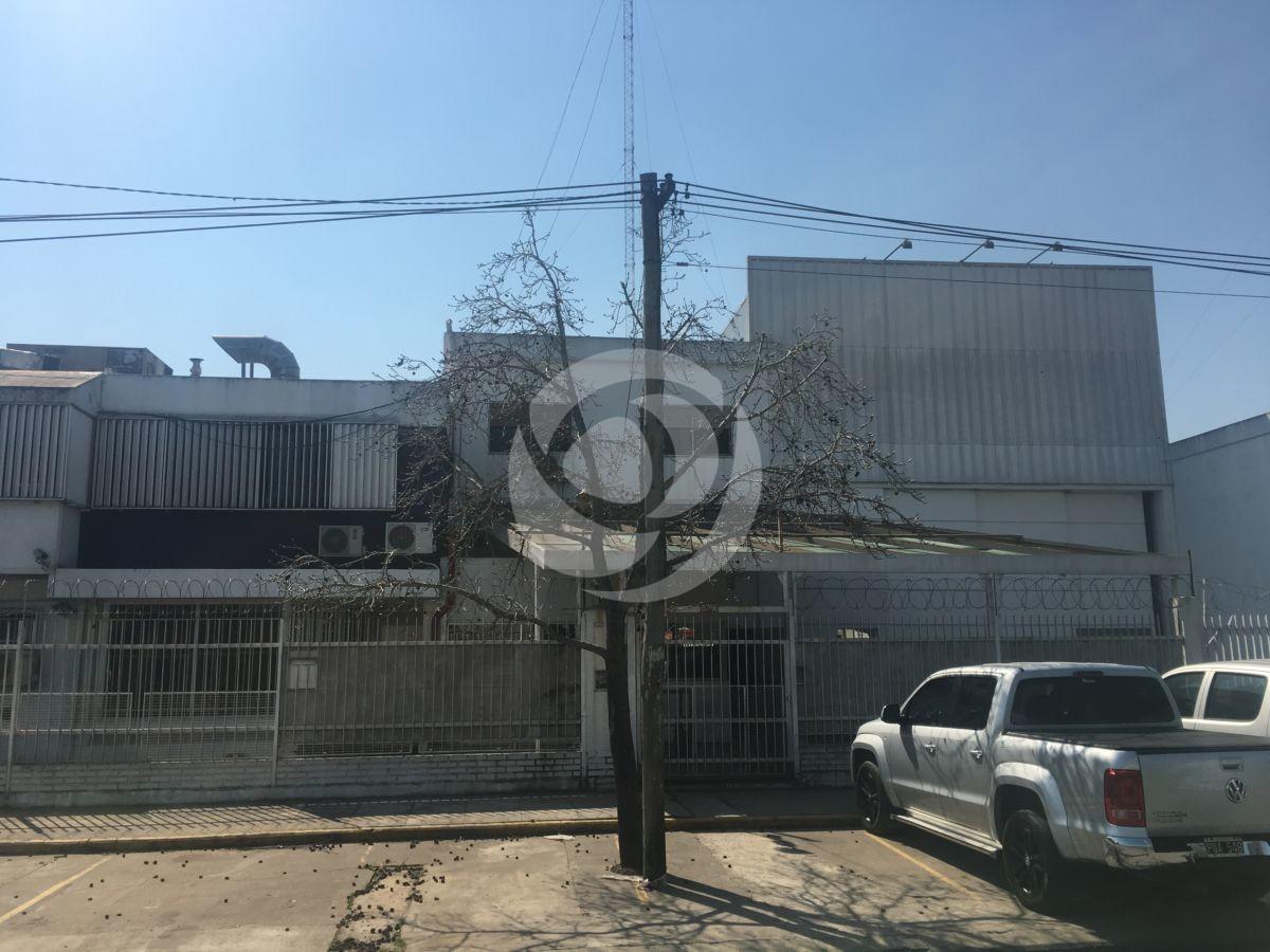 Excelente Depósito Industrial en San Martín