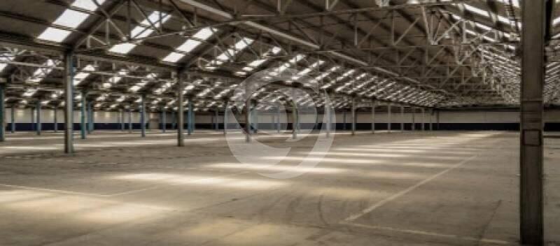 Excelente Deposito en Alquiler en el Parque Industrial Hurlingham